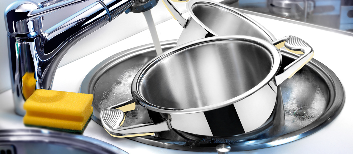 how to clean burnt pots and pans