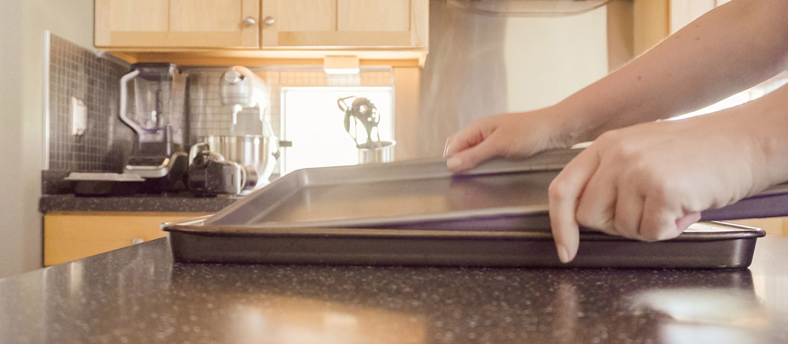 How to Clean Aluminum Baking Sheets