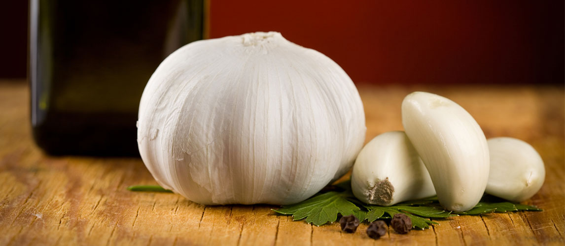 How to Store Garlic: Ways to Make it Last Longer