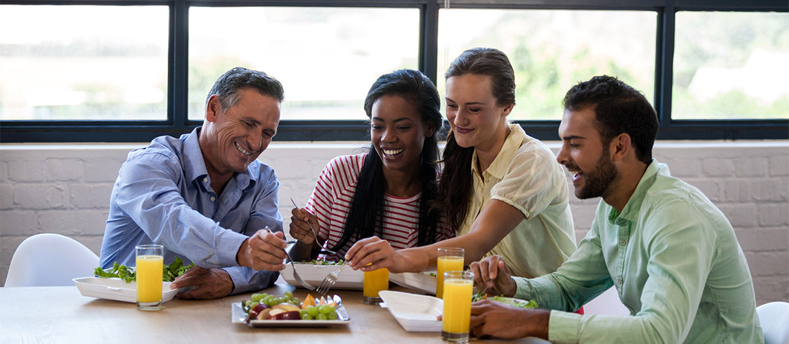 Tips on How to Maintain Good Eating Habits While at Work