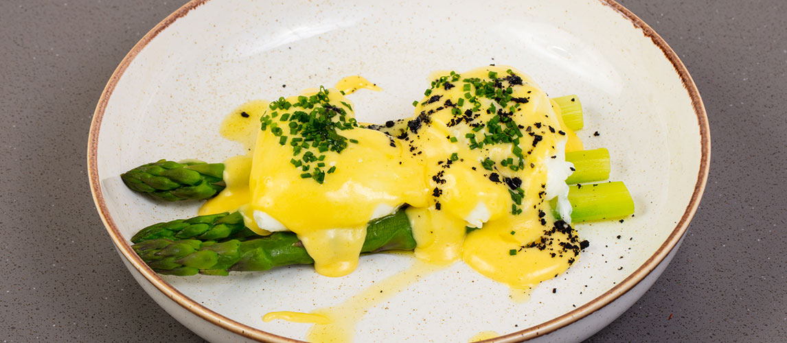 Quick and Easy Hollandaise Sauce Recipe