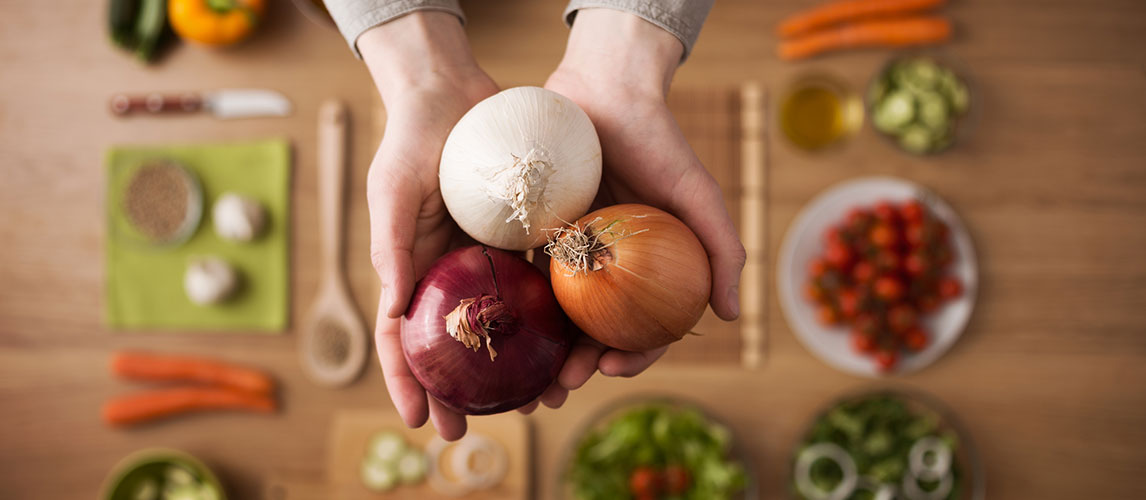 How to Remove Onion Smell From Hands