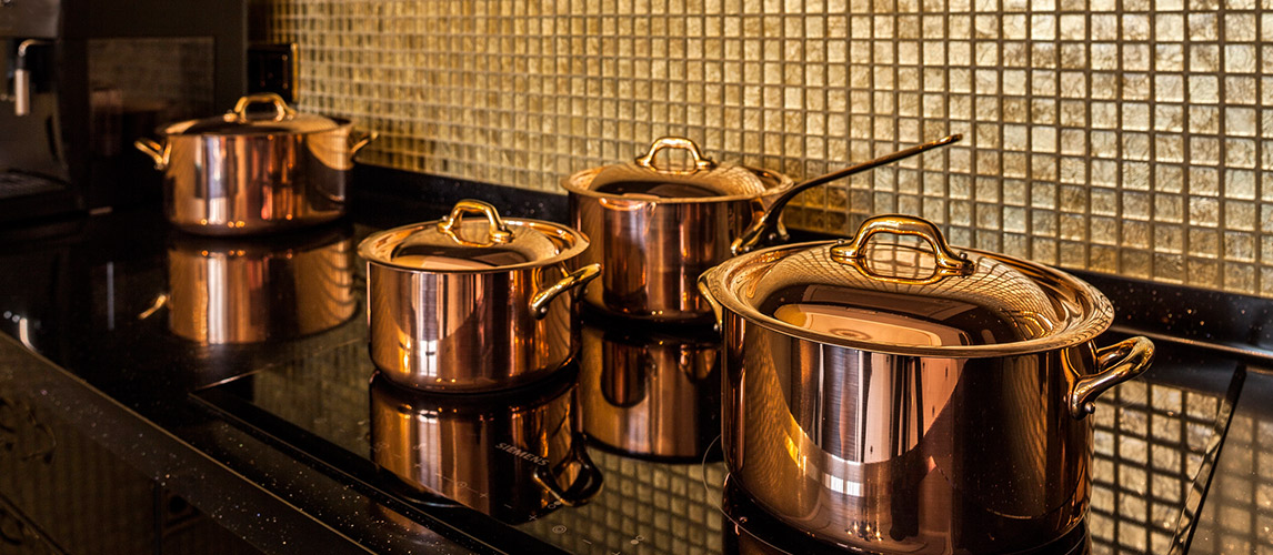 How to Clean Red Copper Pan Properly
