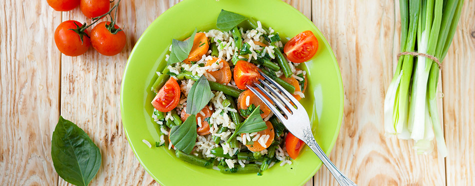 Steamed rice with vegetables