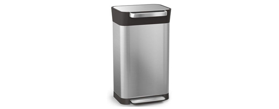 Joseph Joseph Titan Trash Can