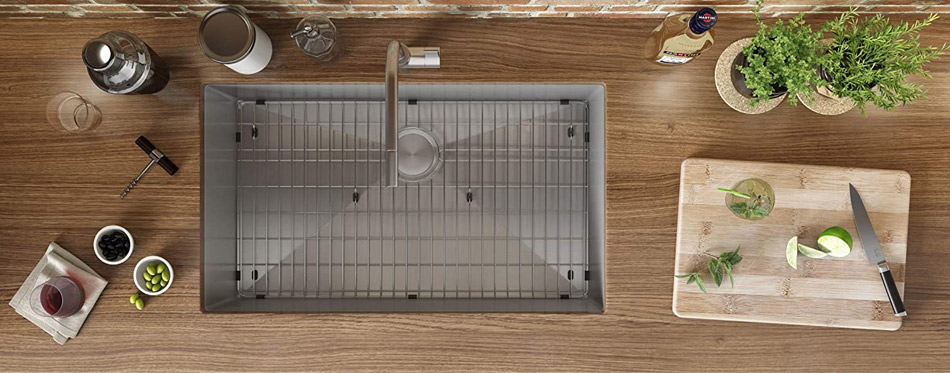 Stainles steel kitchen sink